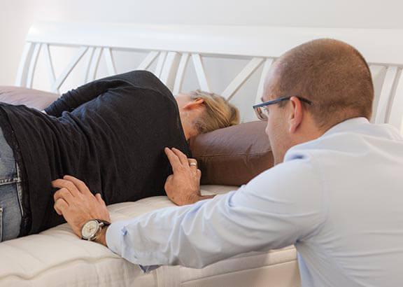 in 4 schritten die richtige matratze finden nachtmanufaktur. Black Bedroom Furniture Sets. Home Design Ideas