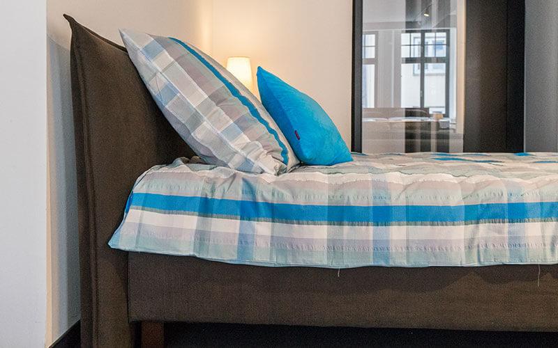 4 tipps f r sommerbettw sche nachtmanufaktur. Black Bedroom Furniture Sets. Home Design Ideas
